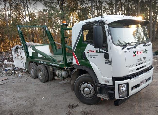 kiwi skip bin hire truck